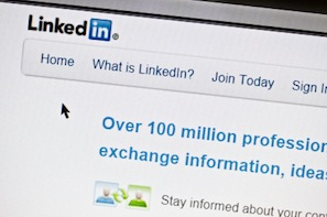 Using LinkedIn Sponsored Updates